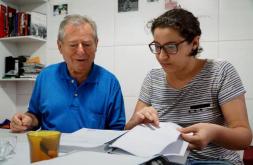 Arbeiter José Bráz Sobrinho und Historikerin Milena Fonseca